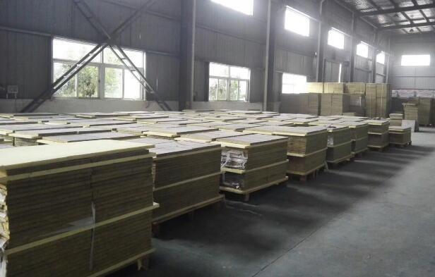 挤塑板生产线定制的XPS挤塑板已经生产完毕准备安装